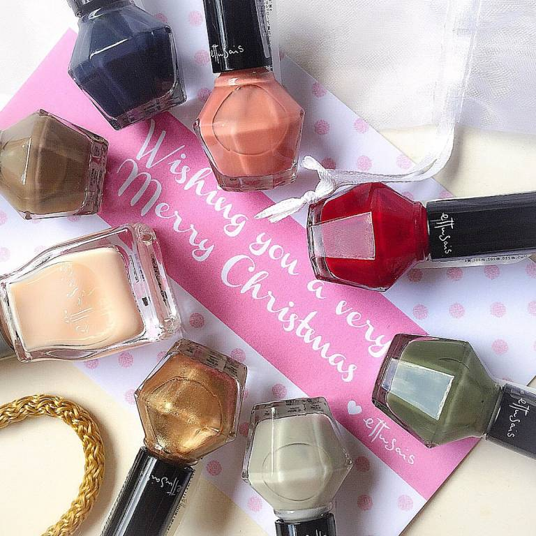 Ettusais Holiday 2014 Nail Polishes